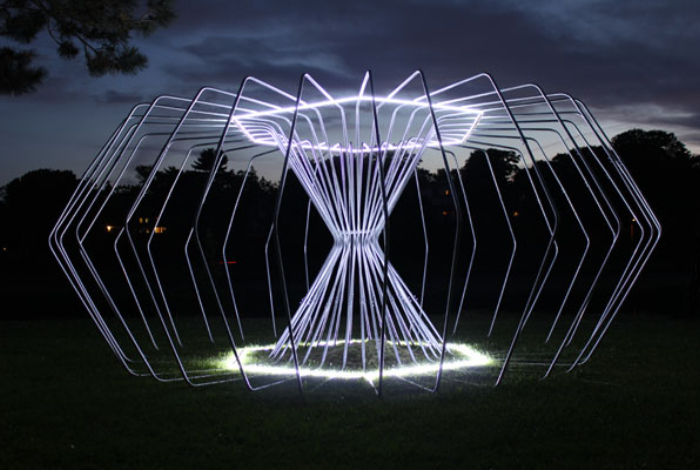 Illuminated Sculpture – New York