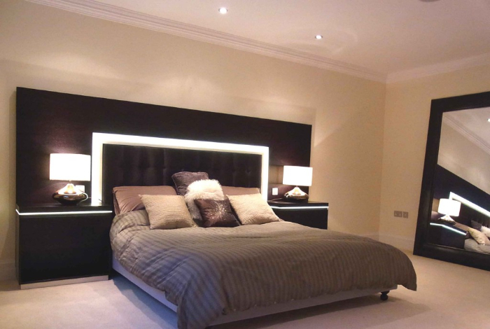 Illuminated Bedroom Furniture – Gerrards Cross