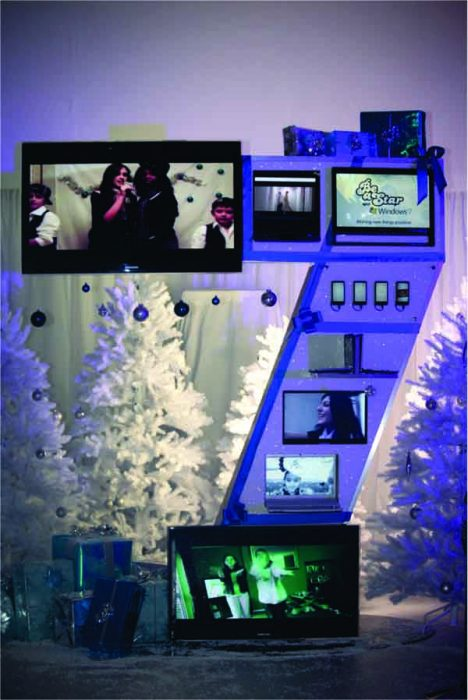 Windows 7 Structure at the Jingle Bell Ball